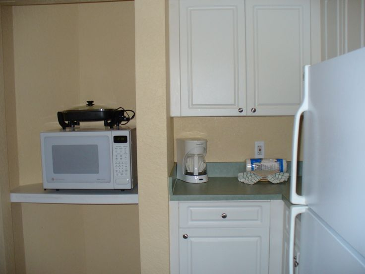 Vacation Village At Parkway B Suite Partial Kitchen