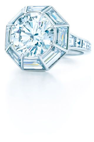16 unique engagement rings for the non-traditional woman: