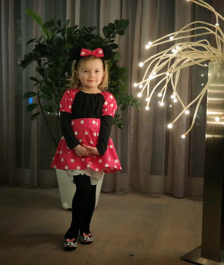 Naaipatroon Minnie Mouse kostuum