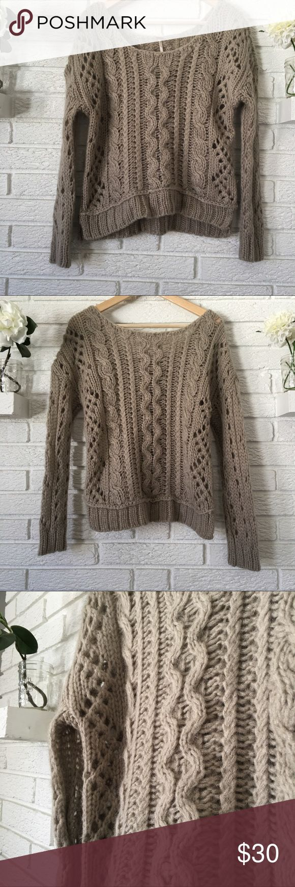🎉SALE🎉 Free People Chunky Knit Sweater Adorable chunky knit sweater by Free People. So cozy! Tan. Drop shoulder. Slight fuzzies as pictured, but overall in great condition! Free People Sweaters
