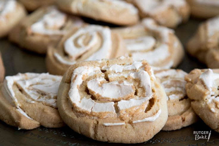 Recept: Opgerolde koekjes met meringue / Recipe: Cookies with meringue