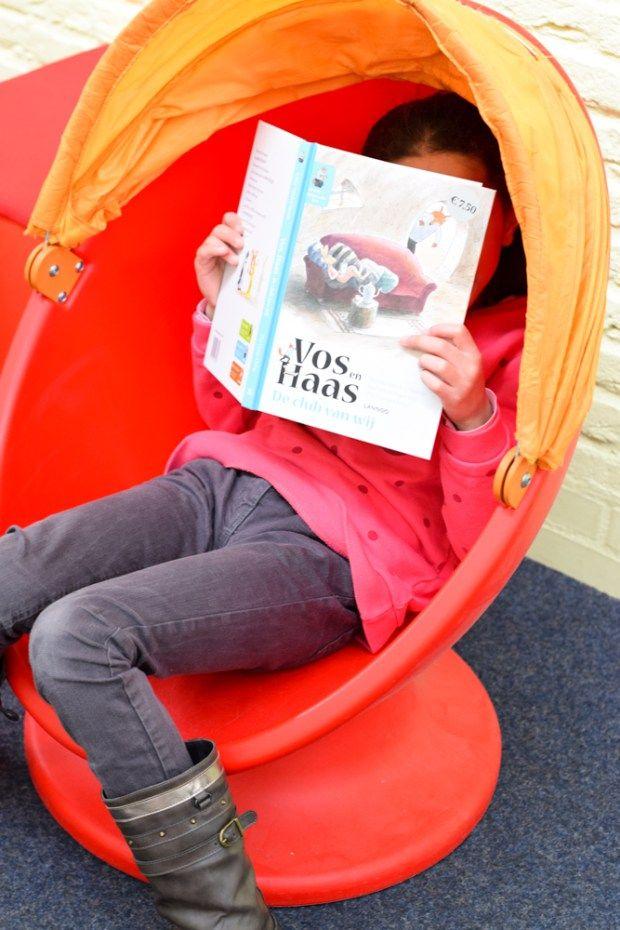 Sommige kinderen vinden het lastig om te genieten van het lezen. Je kunt op drie eenvoudige manieren de leesmotivatie van deze kinderen vergroten.
