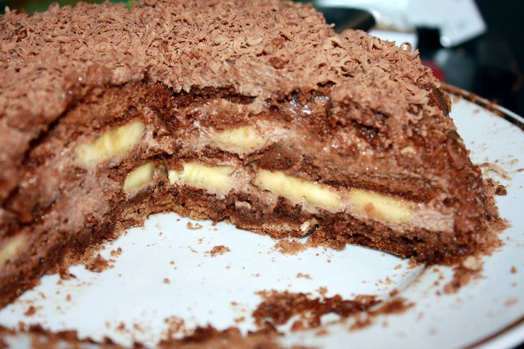 Шоколадно-банановый торт из пряников рецепт с фото