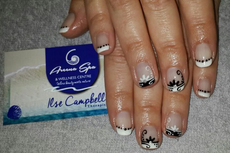 Bio-sculpture Gel Areena Spa & Wellness Centre www.facebook.com/AreenaSpa Nail Technician: Ilse Campbell