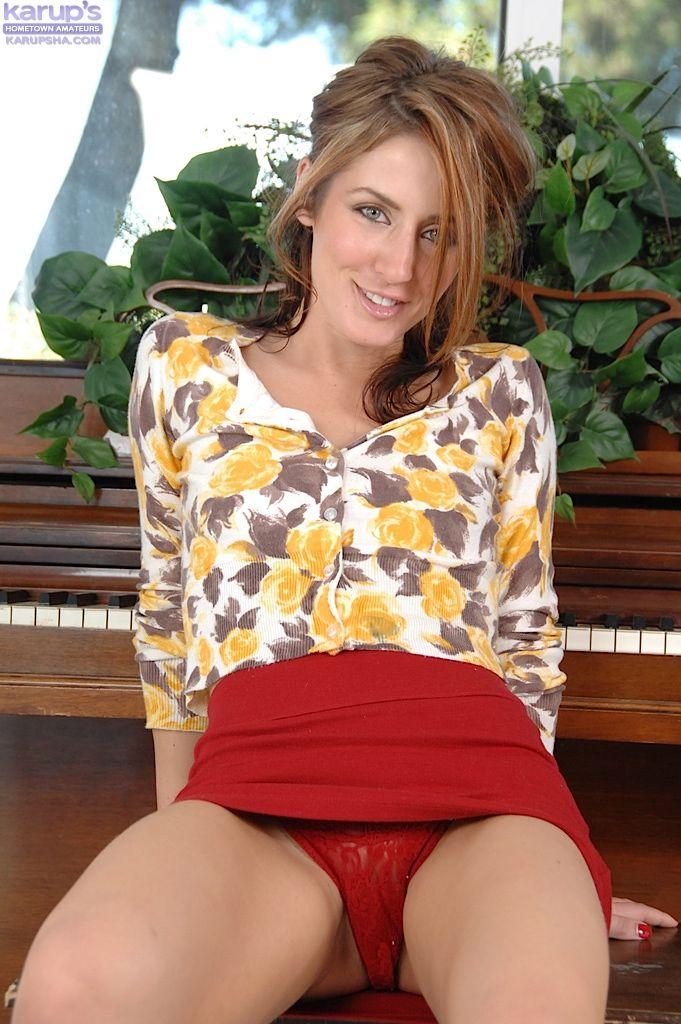 Cheeky upskirt red panties | Beautiful bulge | Sexy