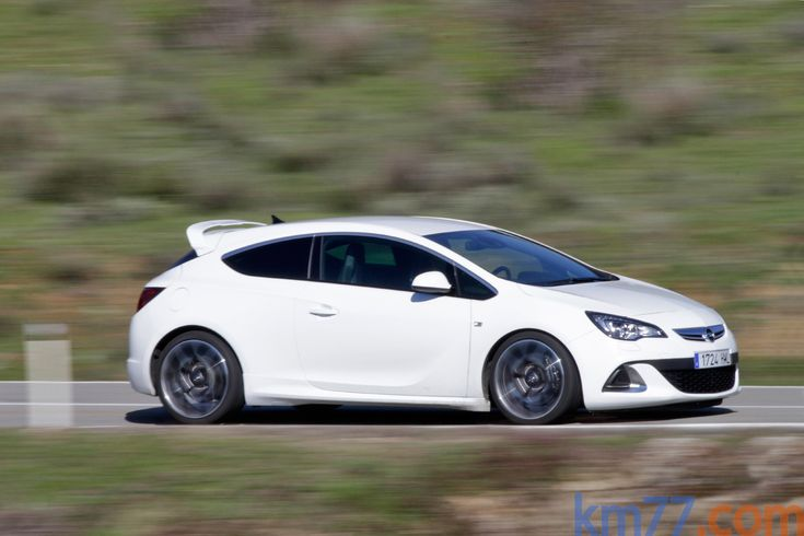 Opel Astra OPC (280 CV) OPC Turismo Blanco Alpino Exterior Lateral 3 puertas