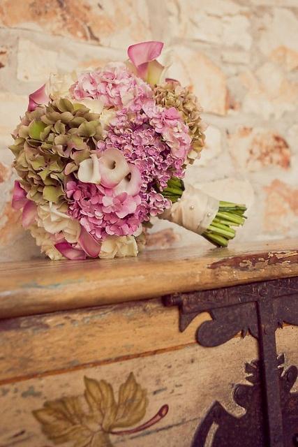 Beautiful bouquet                                                                                                                                                           FELIZ QUINTA FLOWER!                                                          ..