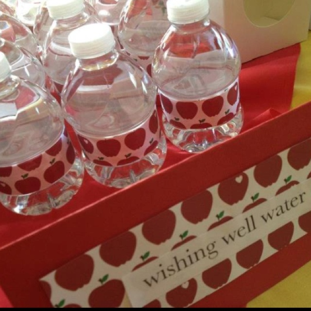 Do Baby Showers Have Wishing Wells ~ Snow white party quot wishing well bottled water fete en