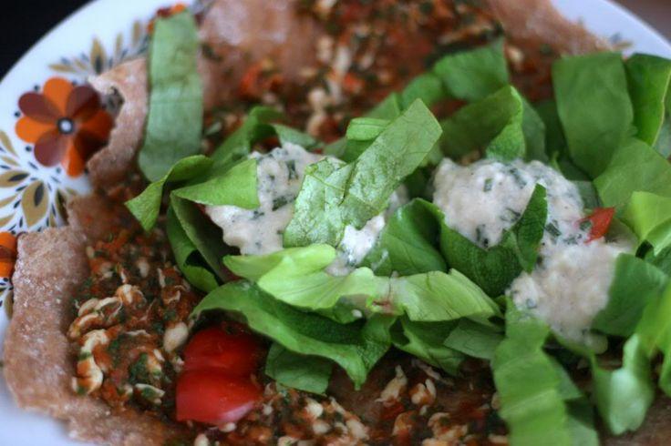 Vegan fastfood: Turkse pizza - De Groene Meisjes