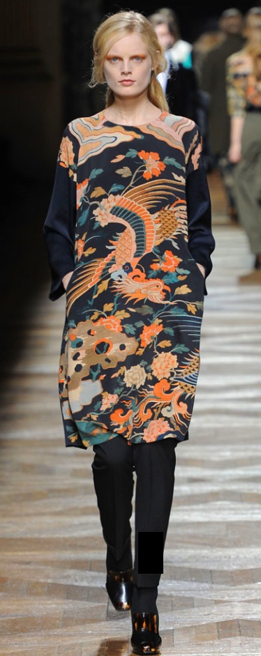 dries van noten - I don't know if I can express how much I admire his work ! I love it ! I love it !