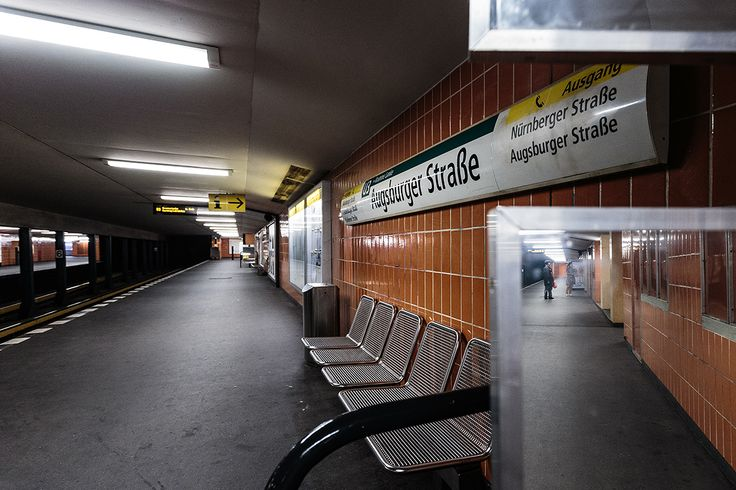 Berlin's U3 line in photos, all stations