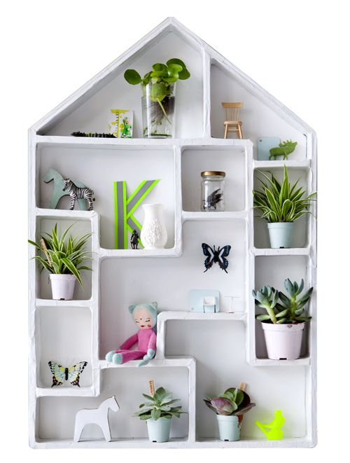 Etagère Kidsonroof http://www.mylittlesquare.com: Dolls Houses, Little Houses, Kidsonroof Collector, Collector Houses, Houses Stuff, Cubbies Houses, Shadows Boxes, Small Houses, Kids Rooms