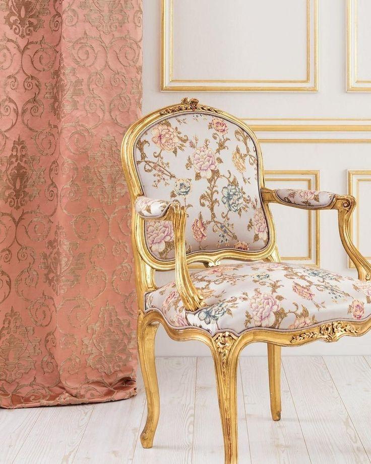 ищете #ткани для интерьера в классическом стиле? в коллекциях @persanhomestudio много достойных вариантов. Заказать можно в #galleria_arben