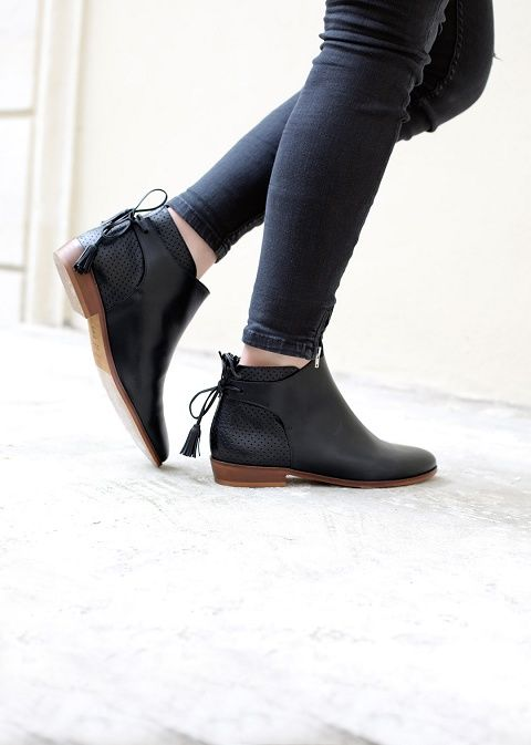 Winter collection - Low Farrow Tassel boots