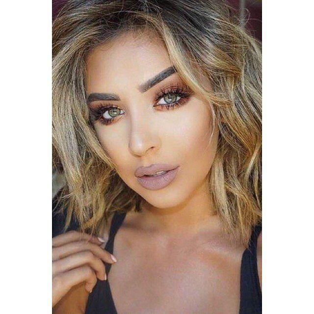 Τα πιο εντυπωσιακά μακιγιάζ με μπρονζέ χρώματα μόνο με τις υπηρεσίες του @homebeaute στο σπίτι σας! Για κρατήσεις στο τηλέφωνο  21 5505 0707! . . . #γυναικα #myhomebeaute  #ομορφιά #καλλυντικά #καλλυντικα #μακιγιαζ #κραγιόν #κραγιον #makeup #χειλη #ομορφια #μακιγιάζ #χρυσο