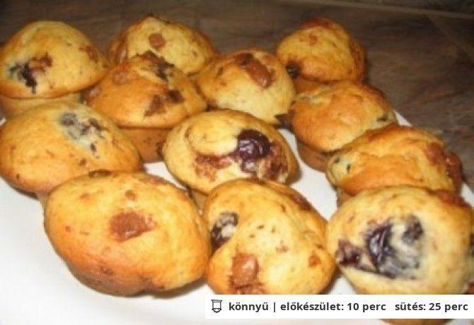 Cseresznyés-fehércsokis muffin