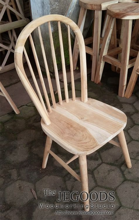 We produce windsor dining chair at wholesale factory price by The Jepara Goods Woodworking Studio Indonesia. #kursicafe #kursirestoran #kursiwindsor #teakfurniture #retrofurniture #scandinaviafurniture #teakdiningchair #windsorchair #minimalistfurniture #woodworking #indonesiafurniture