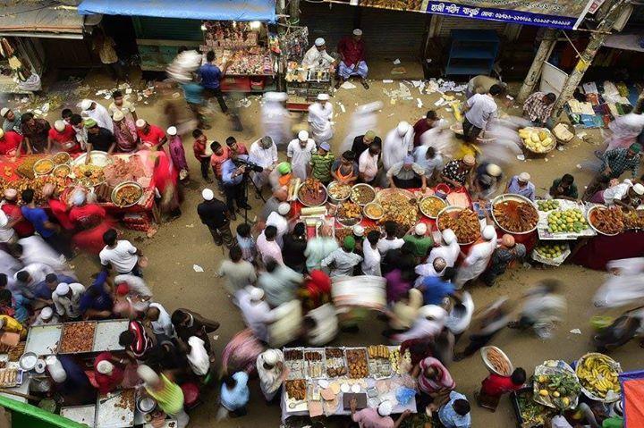 A busy street in Bangladesh