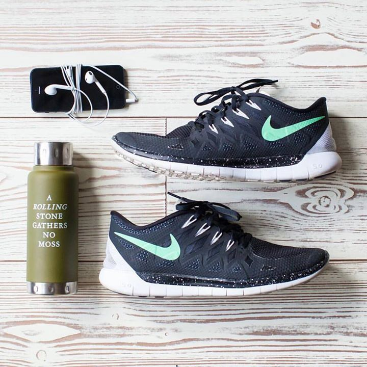 Stay hydrated in style with our new water bottles by Izola- few styles available. #gymessentials #gymswag http://ift.tt/1eZkfJW