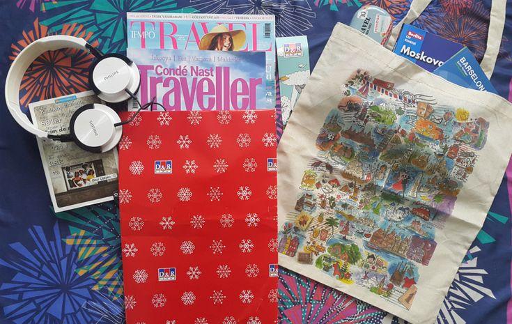 Yeni yılda hedefi farklı yerleri görmek olan tanıdığınıza seyahat dergileri hediye edebilirsiniz. Özellikle yolculuk esnasında çok iş görecektir. #Maximiles #hediye #gift #yeniyıl #yılbaşı #yılbaşıhediyeleri #dergi #kitap #seyahatdergisi #süprizhediyeler #newyear #süpriz #seyahat #gezi #travel #traveling #gezi #vacation #visiting #christmas #noel