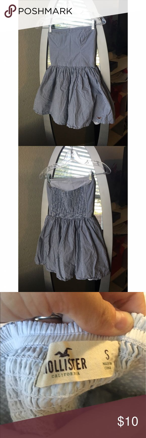Strapless Hollister Dress Super cute stripped Hollister dress. Slight poof to the bottom which I love! Stretchy and super comfortable. Perfect condition worn only once Hollister Dresses Strapless