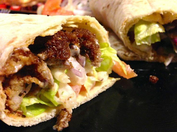 Kebab di Seitan vegetariano incredibilmente simile al kebab vero di carne, ma senza grassi animali ne colesterolo!