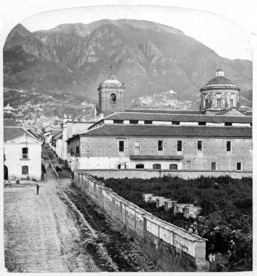 San Carlos, Calle Bolívar y fundamentos del Capitolio - Bogotá, Colombia