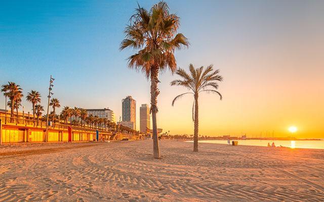 Plage de Barcelone. http://www.lonelyplanet.fr/dossier/nos-bons-plans-pour-visiter-barcelone #plage #Barcelone #Espagne