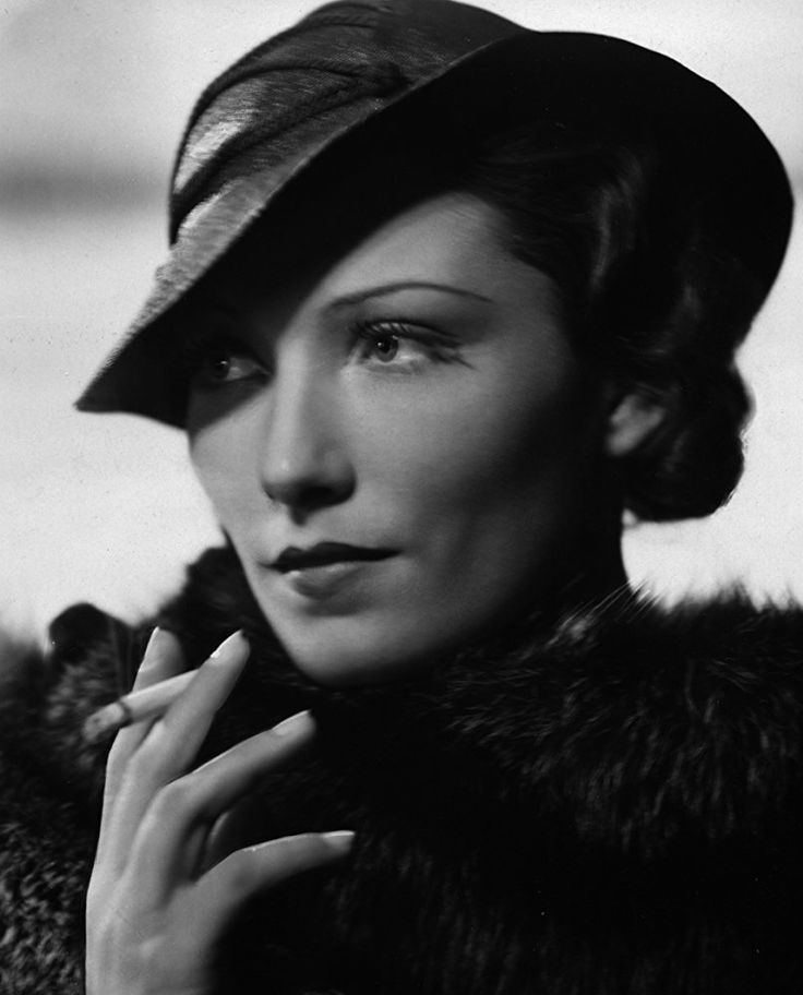 Brigitte Horney was born on March 29, 1911 in Dahlem, Germany. She was an actress, known for Das Erbe der Guldenburgs (1987), Le baron de Muenchhausen (1943) and Les mains libres (1939). She was married to Hans Swarzenski and Konstantin Irmen-Tschet. She died on July 27, 1988 in Hamburg, West Germany.