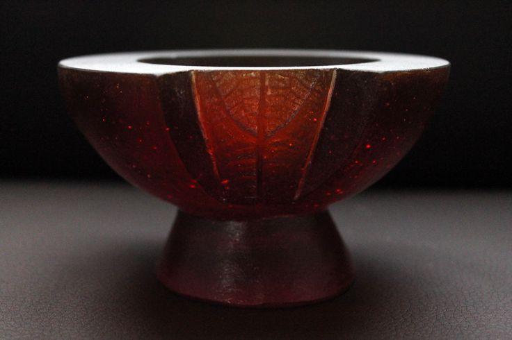 Leaf bowl - cast glass by Jo Pervan