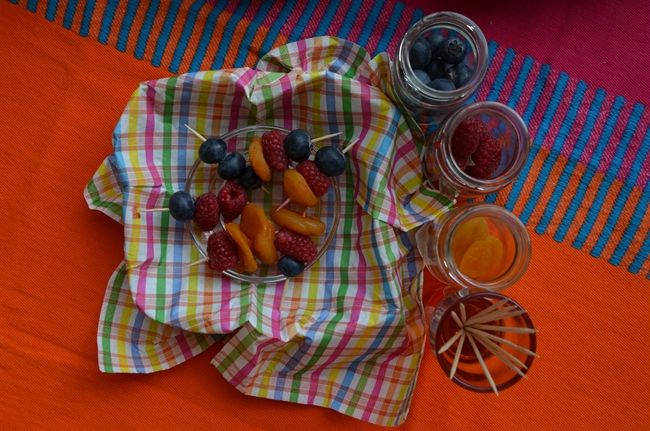 FORelements.pl /// summer picknick food ideas fruit shishkebabs