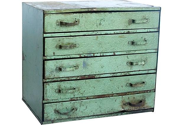 Metal Cabinet III >> Love this vintage piece!