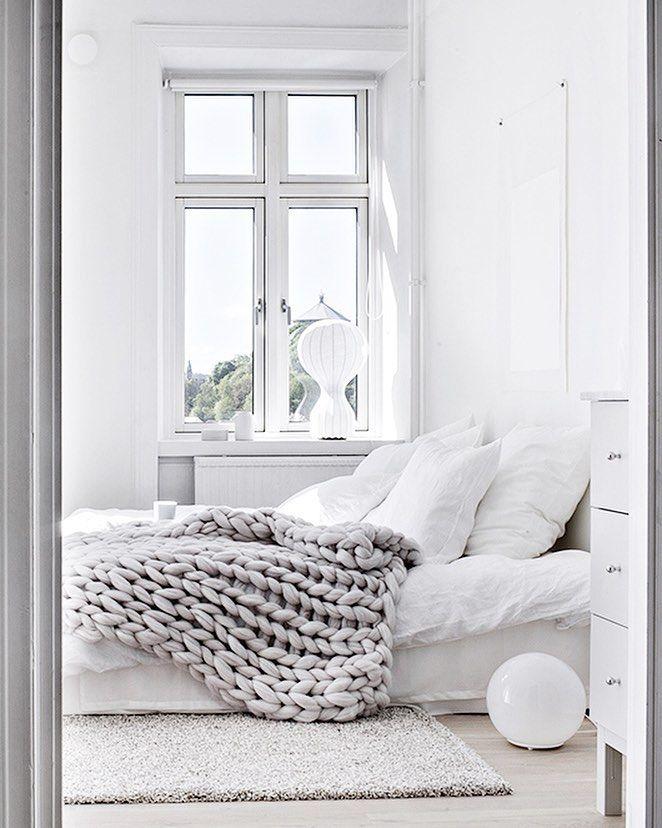 Home Interior Decor Design Minimalist Bedroom Be Chunky Knit Throw Grey White Neutral Palette Theme Shabby