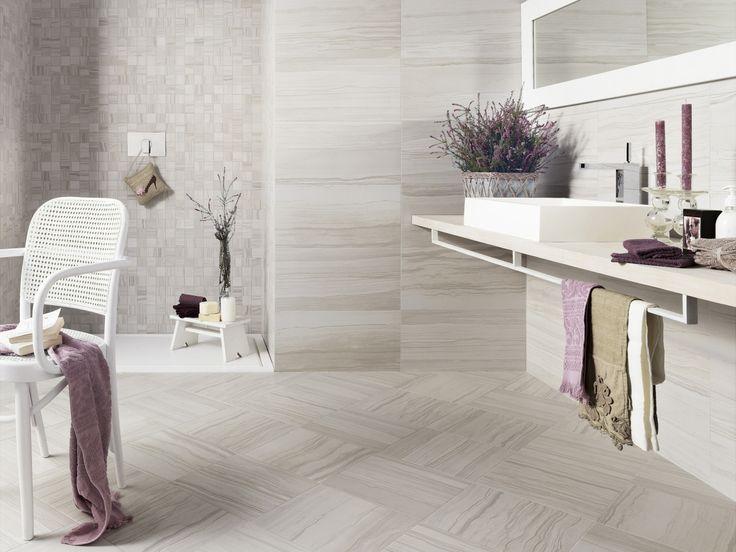 Travertino Elegante obklady a dlažba / wall and floor tiling in bathroom