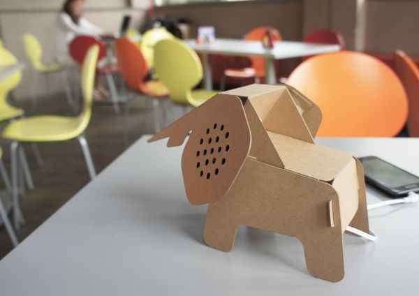 The Eco DIY Collection is a series of products that use recycled cardboard as structural material. The items are assembled DIY by the user simply following the instructions on the packaging: fold the paper along the notches and impressed creases applied on the paper, no glue, cutting or other instruments are required.