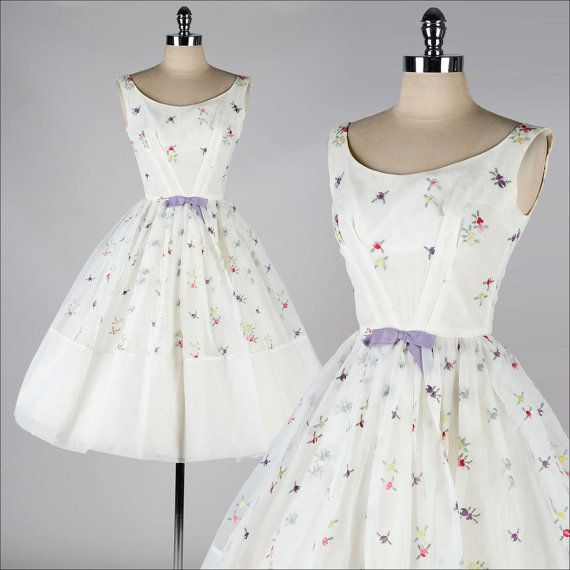 vintage 1950s dress . FRED PERLBERG . embroidered white chiffon . 3822