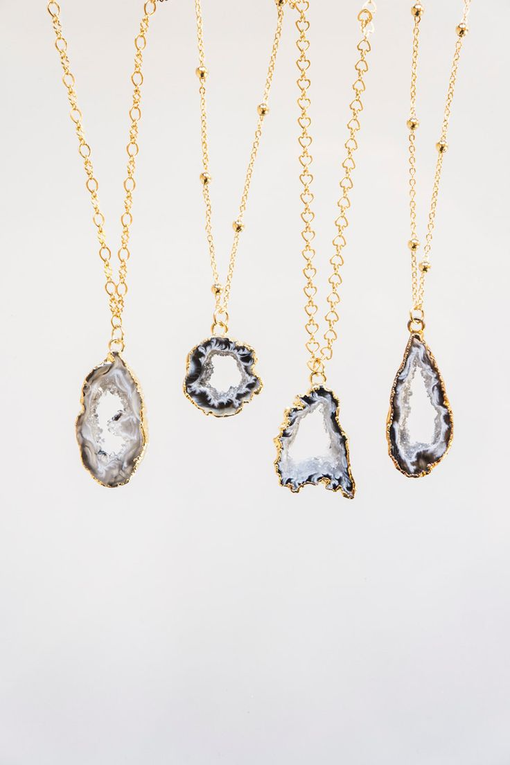 Slice Druzy Chalcedony Crystal Necklace For Her Gift For Mom Gift For Sister Boho Necklace Tribal Necklace Layering Necklace
