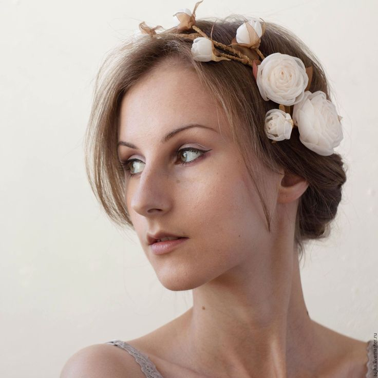 Купить Украшение венок на голову с цветами светлого оттенка айвори - цвет…