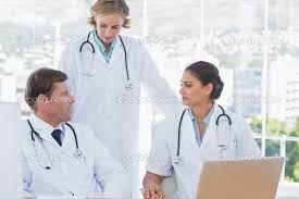 Los Doctores siempre investigando sobre tu salud en Laboratorios Chinoin. http://www.chinoin.com/