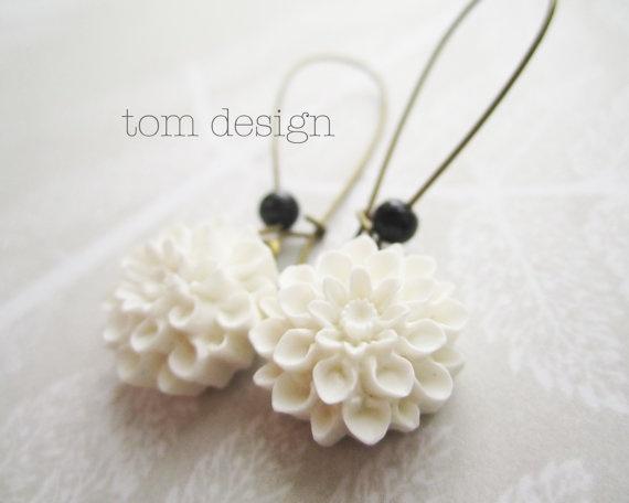 Olivia Mum Earrings  White Chrysanthemum Dangle by tomdesign, $12.00