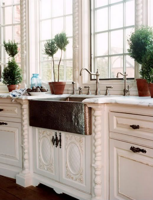 Gorgeous copper farm style sink.: Cabinets, Ideas, Dreams Kitchens, The Farms, Copper Sinks, Farms Sinks, Kitchen Sinks, Farmhouse Sinks, Kitchens Sinks