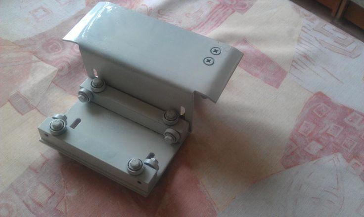 Продам регулируемый Адаптер для УШМ.125 маятникового типа .С его помощью можно идеально ровно и аккуратно раскраивать болгаркой а главное безопасно,по шине ...