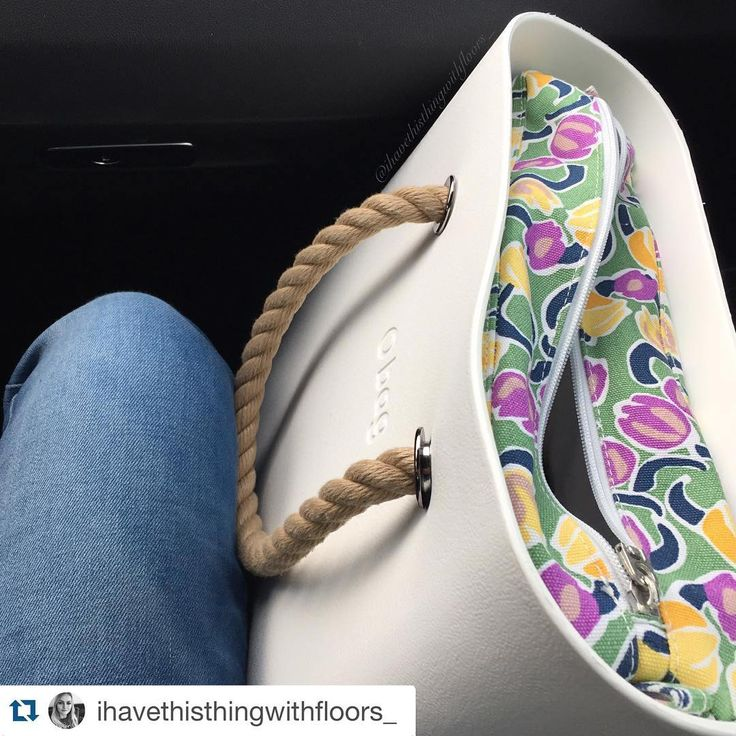 #Repost @ihavethisthingwithfloors_ with @repostapp. ・・・ #obagonline #obagstore #spring #leaves #flowers #colours #obag #mini #outfit