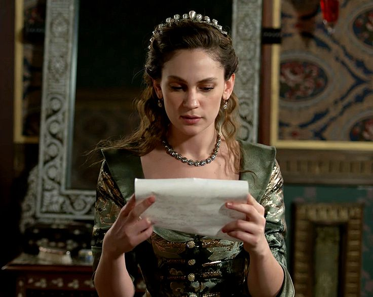 Farya's green floral dress, 2x14 The time has come... - Magnificent Wardrobe