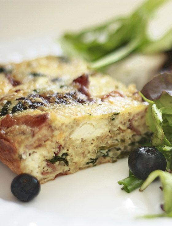 Spinach, Goat Cheese and Quinoa Quiche - note:  cook bacon separately, cut cheddar and feta down a bit.