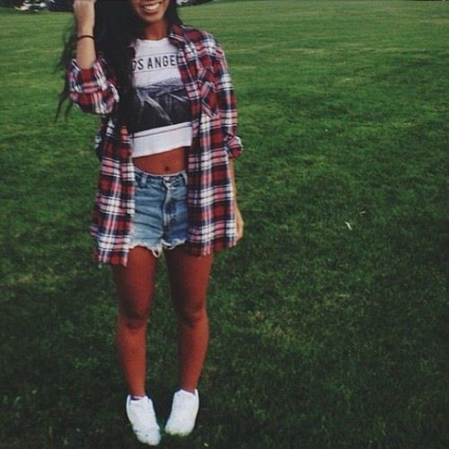 Can't go wrong with this look- Flannel shirt, crop top, high waisted jean shorts