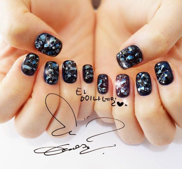 16 best taeyeon nail images on pinterest make up nail designs taeyeon nail prinsesfo Image collections