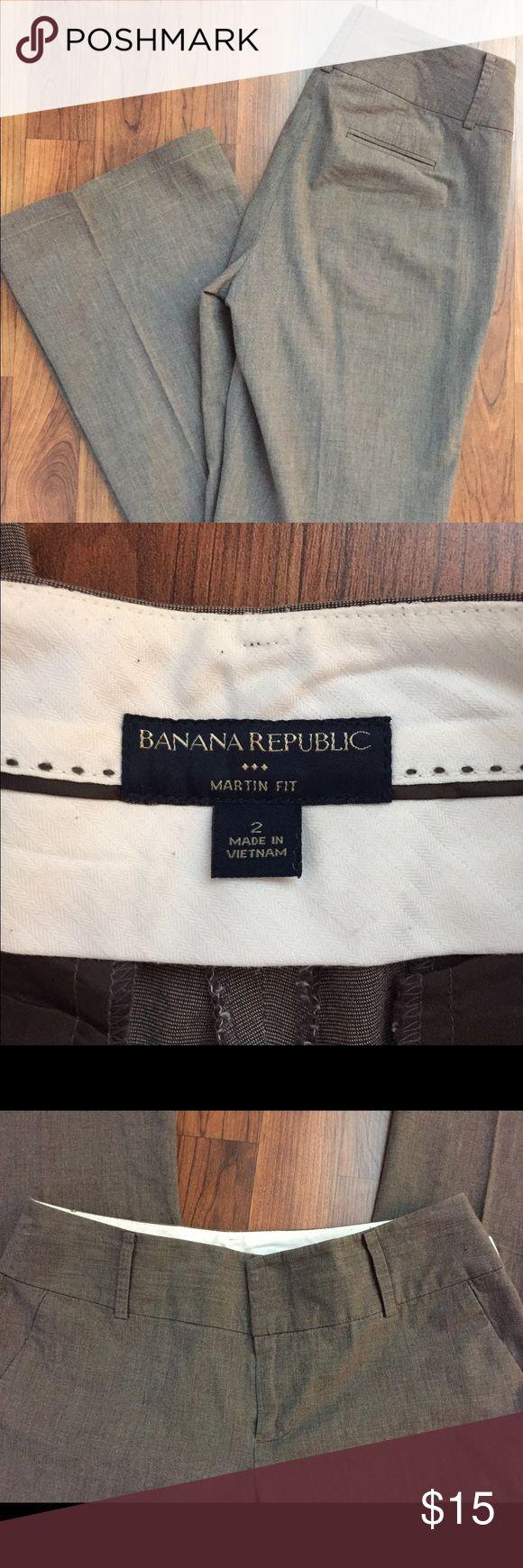 "Banana Republic Slacks Banana Republic ""Martin Fit"" light gray slacks! Perfect for office wear! Size: 2 Measurements: W15"", L 30"" Cotton, Spandex Banana Republic Pants Trousers"