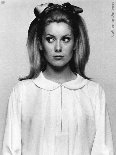 one of the funnest websites i have ever found. retro hairstyles from the 60s & 70s
