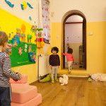 A bölcsőde időszakos gyermekfelügyeletet is vállal. http://www.zumzumbolcsi.hu/szolgaltatasaink/